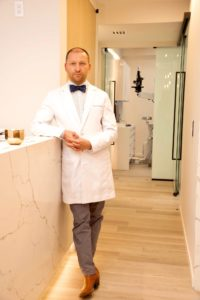 Dr. Kundel